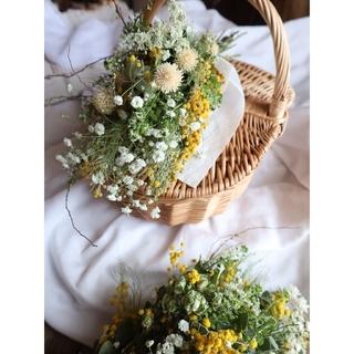 ふわっと可愛い春を告げるミモザスワッグ。ドライフラワースワッグ。mimosa(ドライフラワー)