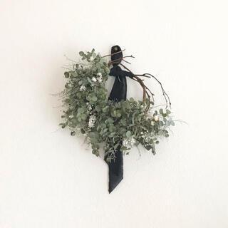 小葉 green dried flower half wreathe リース (ドライフラワー)
