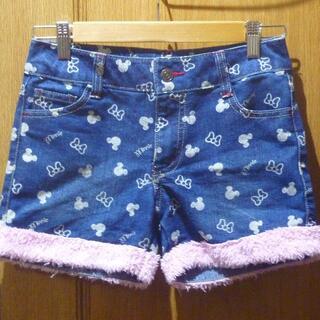 ディズニー(Disney)のミニーちゃん模様のショートパンツ サイズ150 <b552>(パンツ/スパッツ)
