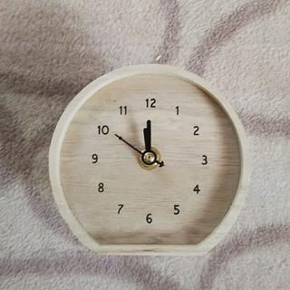 ナチュラルキッチン ウッドクロックと、バスケット(置時計)