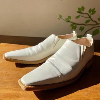 コムデギャルソン(COMME des GARCONS)のCOMME des GARCONS 数字期 ポインテッドトゥ(ローファー/革靴)