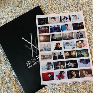 トウホウシンキ(東方神起)の東方神起 xvision 来場者特典 クリアファイル 赤(K-POP/アジア)
