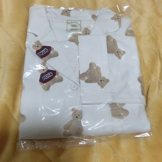 ジェラートピケ(gelato pique)のジェラートピケ ベアネルシャツドレス 新品 未使用 定価以下(ルームウェア)