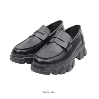 コムデギャルソン(COMME des GARCONS)の厚底 ローファー(ローファー/革靴)