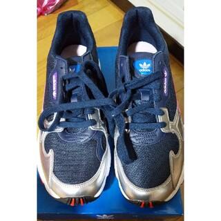 アディダス(adidas)のアディダス❗️新品スニーカー❗️値段交渉🆗(スニーカー)
