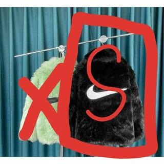 ナイキ(NIKE)の[S]特価❗️超人気 NIKE × AMBUSH 男女兼用 連名限定毛皮両面(毛皮/ファーコート)