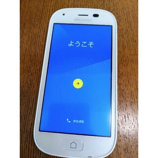 エヌティティドコモ(NTTdocomo)の週末値下げ!【美品】ドコモ らくらくスマートフォン4 F-04J(スマートフォン本体)