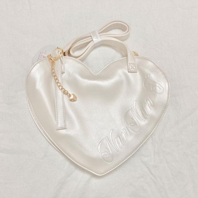 Angelic Pretty(アンジェリックプリティー)のNanNanS Pancak ハートバグ アイボリー色 レディースのバッグ(トートバッグ)の商品写真