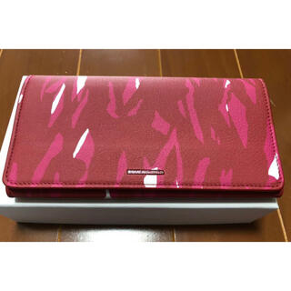 Balenciaga - バレンシアガ エッセンシャル マニー 二つ折り長財布 レザー 赤 ピンク