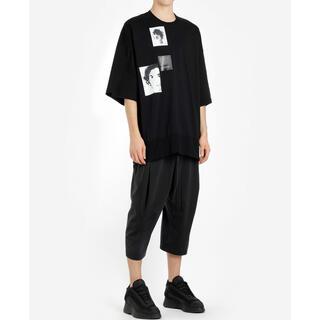 ユリウス(JULIUS)のJULIUS グラフィックプリントビッグTシャツ(Tシャツ/カットソー(半袖/袖なし))