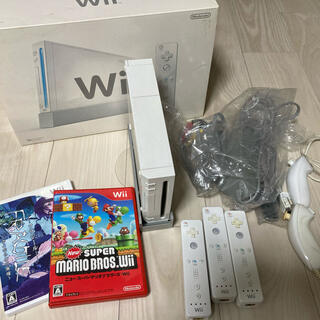 任天堂 - Nintendo Wii RVL-S-WA  本体とソフト2本