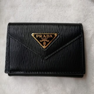 PRADA - プラダ ミニウォレット ブラック