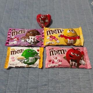 エムアンドエムアンドエムズ(m&m&m's)のアメリカお菓子 バレンタインチョコ M&M(菓子/デザート)