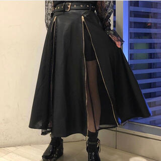 ワンスポ(one spo)のonespoのフェイクレザースカート(ロングスカート)