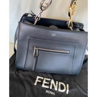フェンディ(FENDI)のFENDI ラナウェイ (ハンドバッグ)