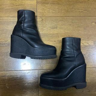 エヴリス(EVRIS)のevris ブーツ(ブーツ)