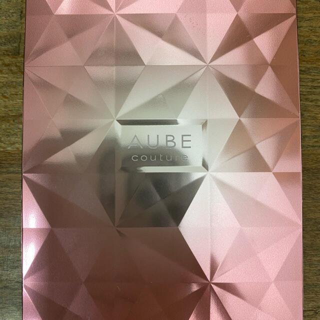 AUBE couture(オーブクチュール)のAUBEcoutureアイシャドウ グリーン系 コスメ/美容のベースメイク/化粧品(アイシャドウ)の商品写真