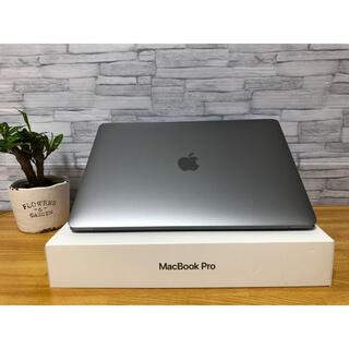 Mac (Apple) - Macbook pro2019 . Office. Finalcut. 動画編集