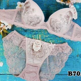 SE17★B70 M★美胸ブラ レースバックショーツ ローズ刺繍 ピンクベージュ(ブラ&ショーツセット)