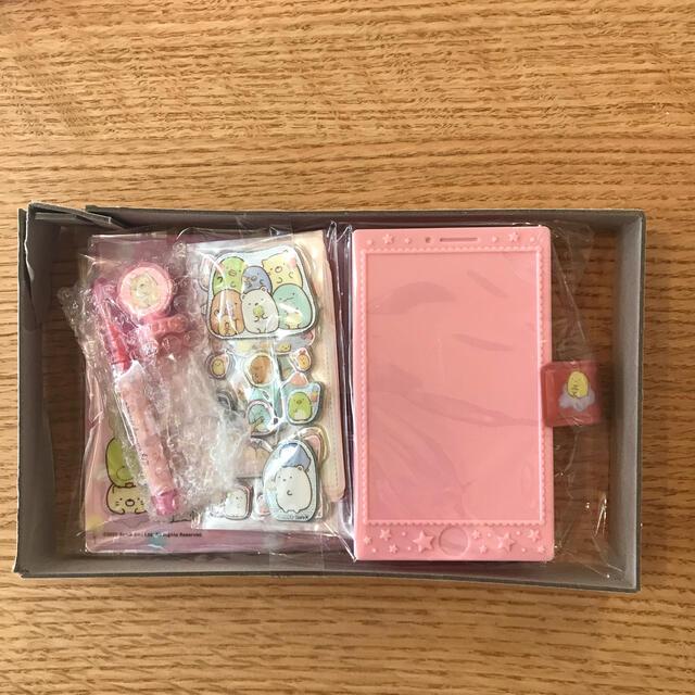 すみっコぐらし てちょうがたスマホふうケース&シールあんおえかきセット エンタメ/ホビーのおもちゃ/ぬいぐるみ(キャラクターグッズ)の商品写真