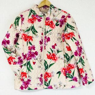 ローラアシュレイ(LAURA ASHLEY)の花柄が可愛い(๑˃̵ᴗ˂̵)✨‼️❤️LANDS' END❤️キルティング(ブルゾン)
