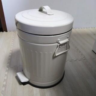 新品 プッシュペダルペール ゴミ箱(ごみ箱)