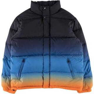 シュプリーム(Supreme)の【美品】Supreme Gradient puffy jacket(ダウンジャケット)