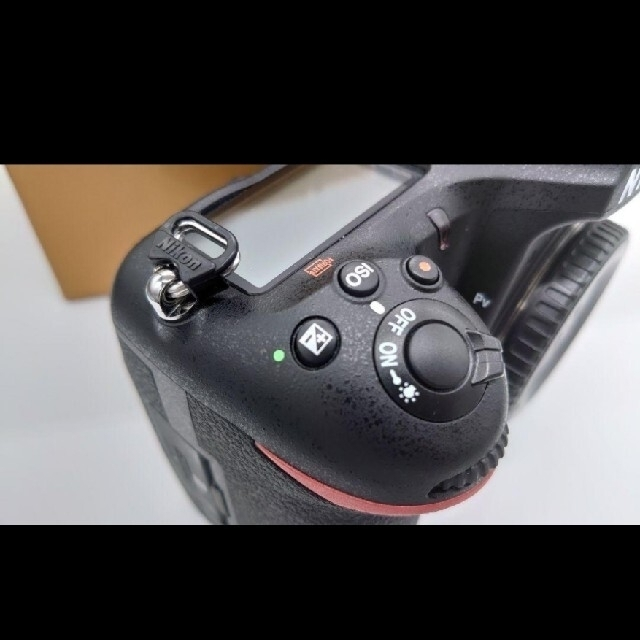 Nikon(ニコン)の美品 Nikon D500 ショット数 約11000回 6か月使用 保証期間あり スマホ/家電/カメラのカメラ(デジタル一眼)の商品写真