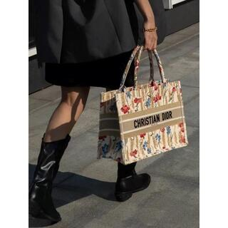 Dior - 【数量限定】ディオール★DIOR BOOK TOTE スモール フラワー柄