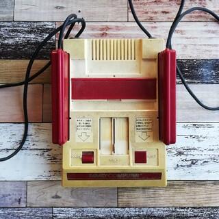 ファミリーコンピュータ - 【ジャンク】任天堂 初代ファミコン
