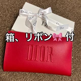 Christian Dior - ディオール ポーチ 赤 ノベルティ 新品未使用 箱 リボン🎀 付き