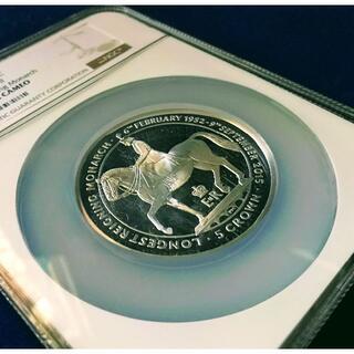【激レア1枚のみ‼】準最高鑑定 大型銀貨 英国王室属領マン島 馬上 エリザベス(貨幣)