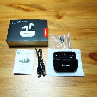 レノボ(Lenovo)のlenovo LP1 Bluetooth ワイヤレスイヤホン(ヘッドフォン/イヤフォン)