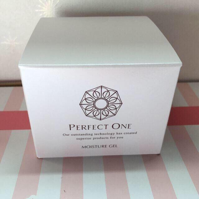 PERFECT ONE(パーフェクトワン)の未開封 パーフェクトワン モイスチャージェル(美容液ジェル)75g 新日本製薬 コスメ/美容のスキンケア/基礎化粧品(オールインワン化粧品)の商品写真