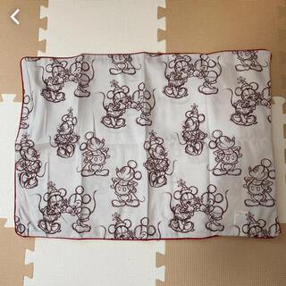 ディズニー(Disney)の新品未使用 ディズニー ミッキー ミニー 枕カバー(シーツ/カバー)