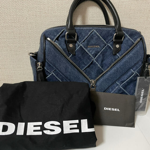 DIESEL(ディーゼル)のyou様専用★ディーゼルバック ★美品★ レディースのバッグ(ショルダーバッグ)の商品写真