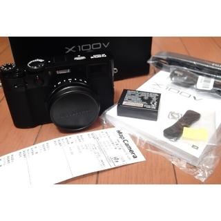 フジフイルム(富士フイルム)の極美品X100Vブラック_箱など備品一式、レシート(コンパクトデジタルカメラ)