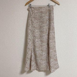 ダブルクローゼット(w closet)の小花柄ロングスカート(ロングスカート)