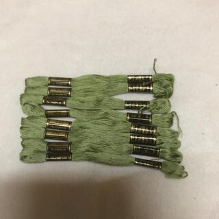 オリンパス 刺繍糸 8本