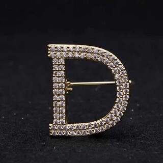 Dior - Dブローチ Dior好きな方に是非!