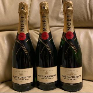 モエエシャンドン(MOËT & CHANDON)のモ・エ・シャンモエドン(Moët & Chandon)送料込み750ml×3本 (シャンパン/スパークリングワイン)