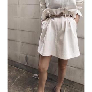 アメリヴィンテージ(Ameri VINTAGE)のameriリトルリネンオーバーハーフパンツ美品(ハーフパンツ)