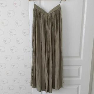 UNIQLO - 週末セール!【UNIQLO】ワッシャーサテンスカートパンツ グリーンsizeM