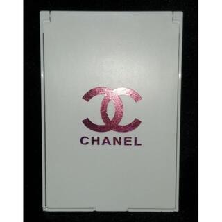 シャネル(CHANEL)の✱CHANEL スタンドミラーM 白(ピンクラメ)✱〈送料込み〉(スタンドミラー)