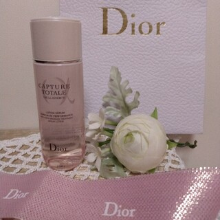 クリスチャンディオール(Christian Dior)のDior    カプチュールトータル    (化粧水)(化粧水/ローション)
