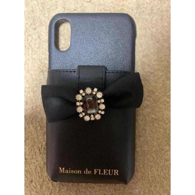 Maison de FLEUR(メゾンドフルール)の最終お値下げです!!Maison de FLEUR ビジューリボンポケット スマホ/家電/カメラのスマホアクセサリー(iPhoneケース)の商品写真