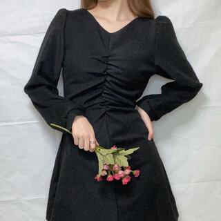 スタイルナンダ(STYLENANDA)のNAUNAU Autumn Back Strap Shirring Dress(ミニワンピース)