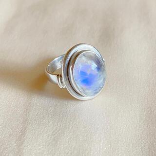 ホワイトラブラドライト 指輪 シルバー デザインリング 13号(リング(指輪))