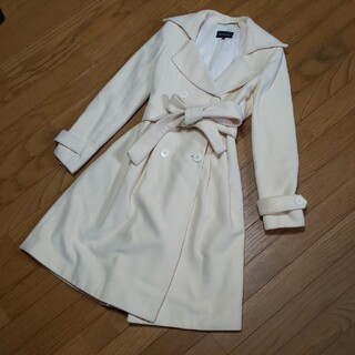 クイーンズコート(QUEENS COURT)のお値下げ☆クイーンズコート オフホワイトコート(ロングコート)