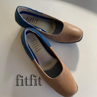 フィットフィット(fitfit)の☆新品☆ fitfit フィットフィット レザー シューズ 23.5(その他)